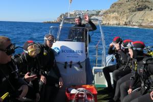2 Tauchgänge von unserem Boot- SCUBA SUR